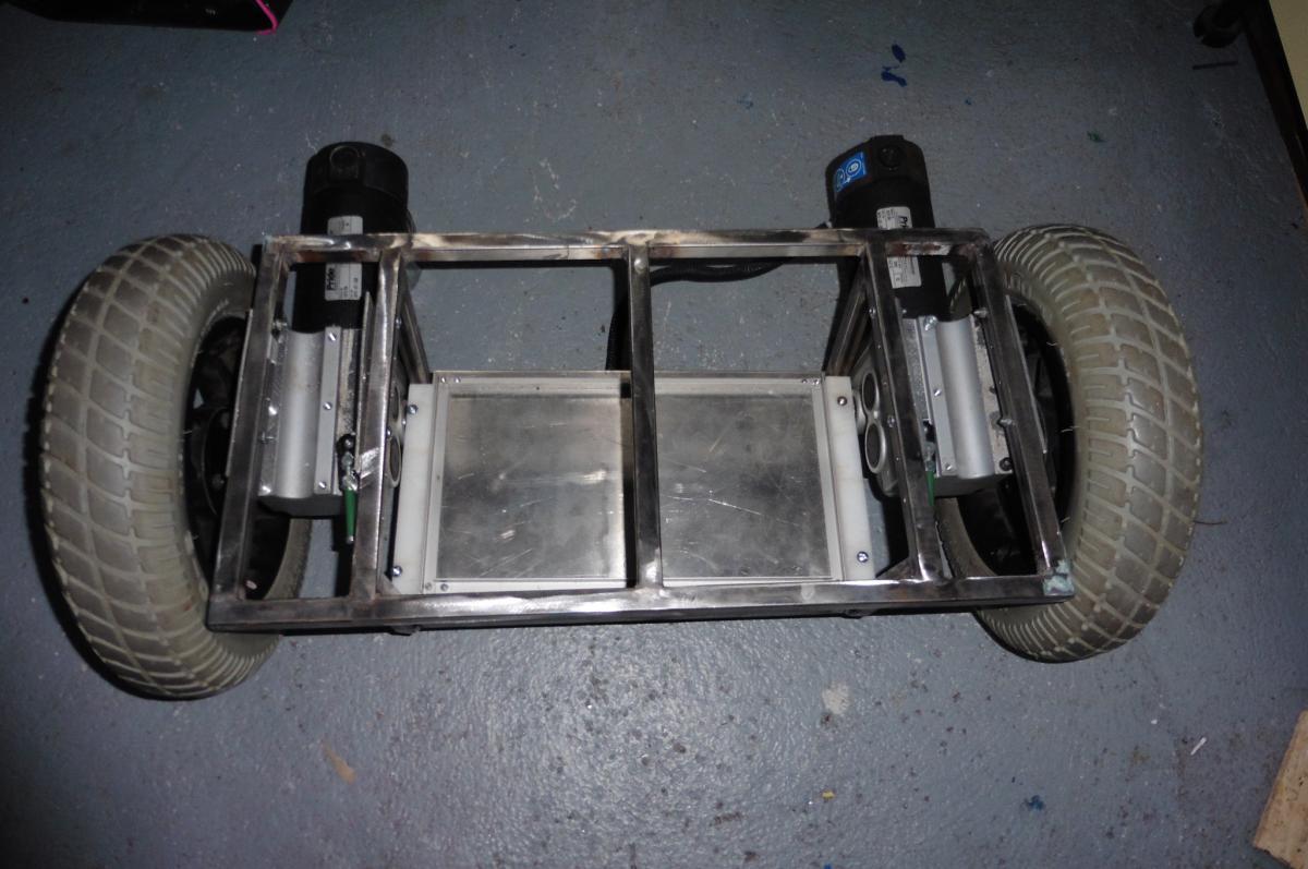 cadre  - moteur + roue + fond.JPG