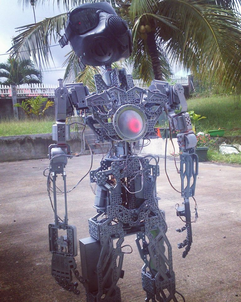 robot danseur2.jpg