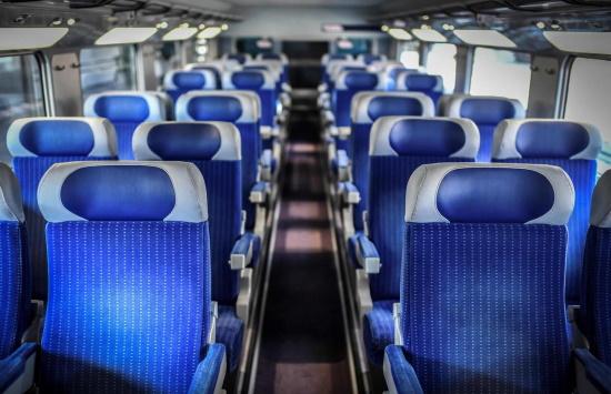 TGV couloir.jpg