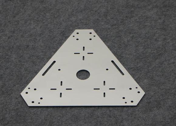 Châssis triangulaire omniwheel